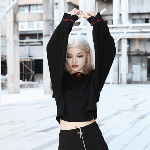 InstaHot Black Sailor Collar Embroidery Rose T-shirt Women Gothic Punk Autumn Batwing Sleeve Halloween Cotton Crop Tops Women 1